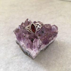Vintage Sterling & Garnet Boho Ring